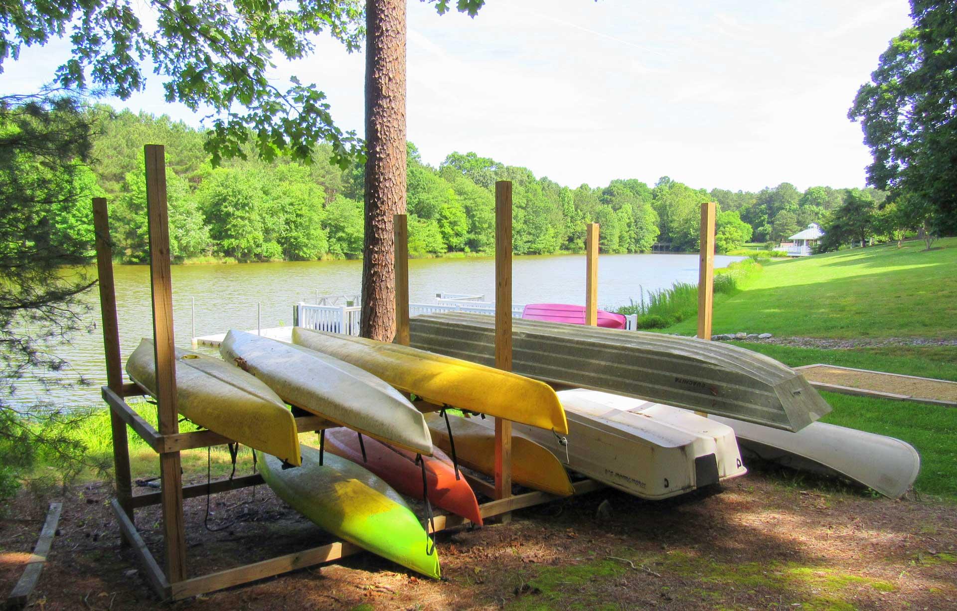 kayaks-lakefront